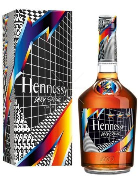 Hennessy-Vs-By-Felpie-Pantone