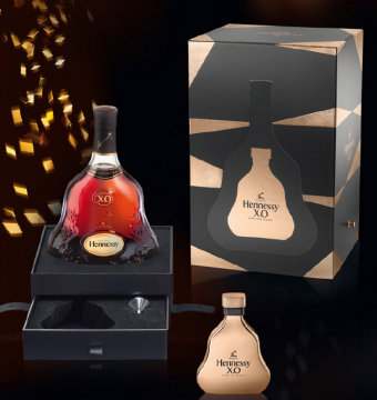 Hennessy_XO_XMAS_509c4393dc243.png
