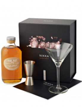 nikka-perfect-pure-malt-white-kieliszki