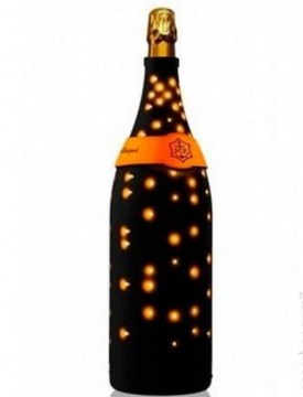 veuve-brut-illuminated